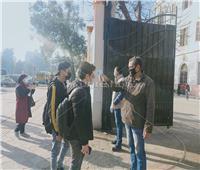 دخولطلاب «الثاني الثانوي» إلى لجان الامتحانات وسط إجراءات احترازية مشددة
