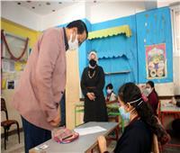 «التعليم» تطمئن الطلاب بعد تعثرهم في أداء الامتحان على المنصة الإلكترونية