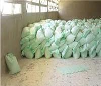شرطة التموين تضبط 44 طن أسمدة زراعية وأعلاف حيوانية فاسدة