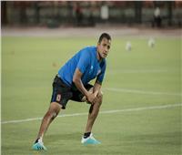 قمصان يدافع عن لاعبي الأهلي: «اللاعيبة دي اللي جابت بطولات كتير»