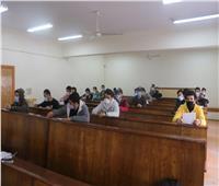 مشيداً بالإجراءات الاحترازية..رئيس جامعة الأزهر يتفقد لجان امتحانات كلية الإعلام