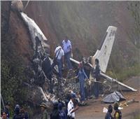 تحطم طائرة فوق حي سكني في الصين.. ومصرع جميع ركابها