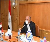 الداودي يوجه بسرعة الانتهاء من إعداد خطة تنمية قرى الريف المصري بقنا