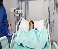 فيديو| طفل مصري يلقى أغلى دواء في العالم بـ 34 مليون جنيه