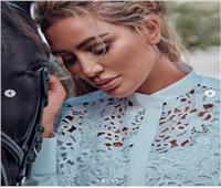 صور| مايا دياب داخل «اسطبل خيول» أحدث جلسة تصوير