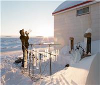 بالصور| طبول وأبواق موسيقية من الجليد في مطعم وسط الثلوج بـ«كندا»