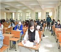 صور| ختام امتحانات جامعة القاهرة بالأسبوع الأول دون مشكلات