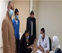 تطعيم٢٠٠ مواطن بلقاح كورونا في الإسماعيلية