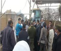 نائب محافظ القليوبية تزيل بناء مخالف بميت كنانة