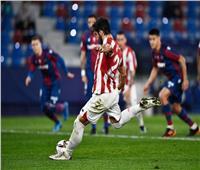 الشوط الأول   تعادل إيجابي بين ليفانتي وبيلباو في نصف نهائي إسبانيا