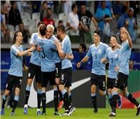 غياب كافاني وتواجد سواريز وفالفيردي بقائمة أوروجواي أمام الأرجنتين