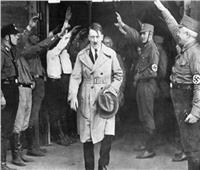 أسرار من حياة هتلر.. تجميل الأنف وتشريح الرأس والبيجاما
