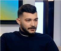 نجل طارق الدسوقي: «ببقى بطة بلدي قدام بابا وأنا بمثل».. فيديو