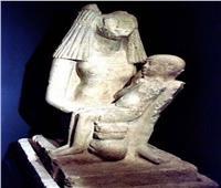 المتحف المصري يحتفل باليوم المرأة العالمي وعيد الأم على طريقته الخاصة