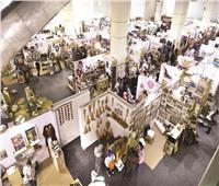 خصومات عيد الأم تشعل المنافسة داخل معرض «البازار»