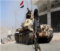الجيش اليمني يواصل تقدمه في عبس.. ومقتل قيادي حوثي بالاشتباكات