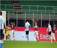«بوليتانو» يقود نابولي لفوز قاسي على ميلان في قمة «الكالتشيو»