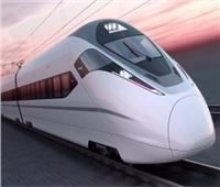 لنقل الركاب والبضائع معا.. 9 معلومات عن أول قطار سريع في مصر