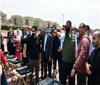 وزير الشباب ومحافظ الفيوم يتفقدان معرض الحرف اليدوية للقرى المنتجة  صور