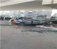انقلاب سيارة وإصابة قائدها بسبب السرعة الزائدة في مدينة نصر