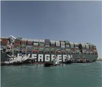 أسامة ربيع : جهود تعويم السفينة الجانحة مستمرة على مدار الساعة