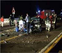 بالأسماء.. إصابة 11 شخصًا في حادث انقلاب سيارة بالمنيا