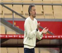 """""""المصعد """" سبب تأخر مدرب أسبانيا عن مواجهة منتخب بلاده"""