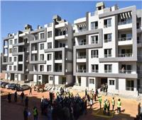 جامعة القاهرة تُسلم عقود المرحلة الأولى للوحدات السكنية بمشروع إسكان 6 أكتوبر