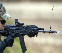 القوات الروسية تحصل علىمجموعة من أحدث 300 بندقية هجومية كلاشينكوف