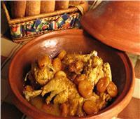 طريقة عمل طاجن الدجاج بالزبيب    طبخة اليوم