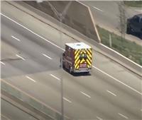 الشرطة الأمريكية تطارد سيارة إسعاف مسروقة| فيديو