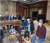 محافظ المنيا يستقبل وفد برنامج التنمية المحلية لصعيد مصر