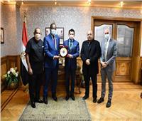اللجنة الأولمبية: الرئيس السيسي يعمل دائما من أجل الأفضل لمصر