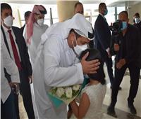سفير الإمارات بالقاهرة يتبرع بالدم لمرضى مستشفى شفاء الأورمان