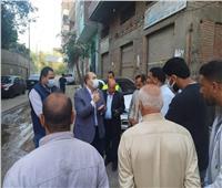 نائب محافظ الجيزة يتفقد مدينة أبوالنمرس ويتابع شفط مياه الصرف بأحد الشوارع