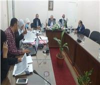 نائب محافظ الجيزة يعقد اجتماعا مع اللجنة المشكلة لمراجعة تراخيص البناء