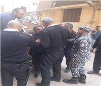 بعد إقامته بناء مخالفا.. عرض رئيس حي 15 مايو على النيابة المختصة | صور