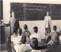 """مدير مدرسة """"نصاب"""".. استولى على أحذية وملابس التلاميذ"""