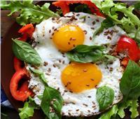 فطارك عندنا .. بيض بالأعشاب والريحان