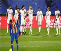 الشوط الأول| «بنزيما وكروس» يمنحان تقدم ريال مدريد على برشلونة