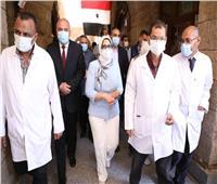 وزيرة الصحة: مكافأة شهر للعاملين بمستشفى الحميات والكبد بقنا