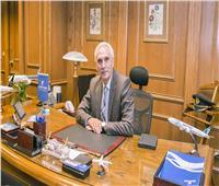 الطيار «حسن منير» مساعدا لرئيس القابضة لمصر للطيران