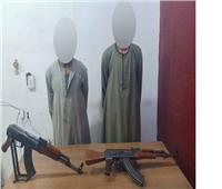 يقتلان جارهما بأسلحة آلية بسبب «لعب العيال»