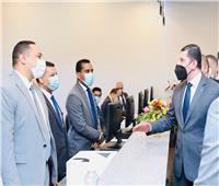 افتتاح أول مركز متكامل لخدمات المستثمرين بقنا.. صور