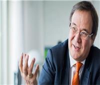 حزب ميركل يدعم أرمين لاشيت لخلافتها في المستشارية الألمانية