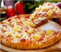 طريقة عمل بيتزا الأناناس