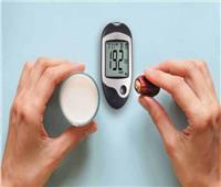 متى يصوم أو يفطر مريض السكر والضغط؟