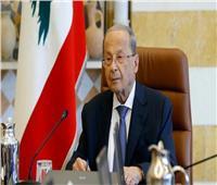 رئيس لبنان يتهم الحريري بتعطيل تشكيل الحكومة الجديدة