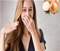 لربات البيوت.. أسرع طريقة للتخلص من رائحة البصل بعد إعداد الإفطار