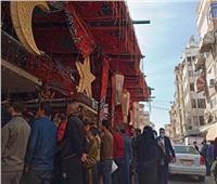 في أول أيام رمضان تكدسات شديدة على محال بيع الحلوى ببورسعيد